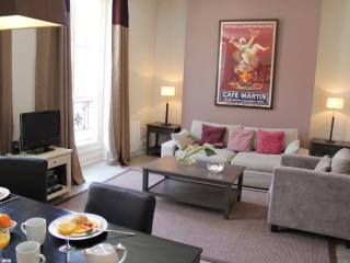 Marais Exclusive - Place des Vosges 1 bedroom apartment - Paris vacation rentals