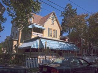 Downtown 2 Bedroom Suite 118562 - Image 1 - Cape May - rentals