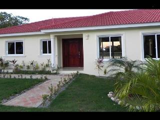 Villa ULTIMA! 4 BDR with great privacy! - Sosua vacation rentals