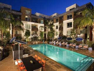Luxury One Bedroom with Pool, Gym & More - Los Angeles County vacation rentals