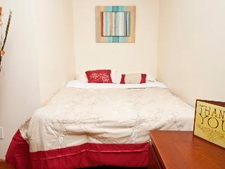 155109/ Studio-1Bath In Upper West Side - New York City vacation rentals