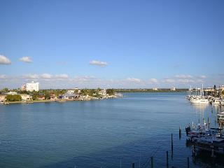 Island Key Condo  - Clearwater Beach Penthouse with double balcony, pool, spa - Clearwater vacation rentals