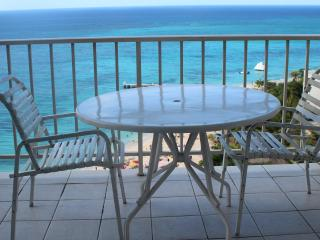 Gorgeous 14 Flr Ocean Front Studio - Montego Bay vacation rentals
