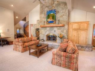 Silver Rock Lodge Spectacular Skyland Home ~ RA45248 - Lake Tahoe vacation rentals