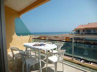 Les Flots Bleus ~ RA42445 - Le Barcares vacation rentals