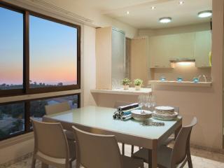 LAMK1 Makenzie Seafront Suite, Larnaca - Larnaca vacation rentals
