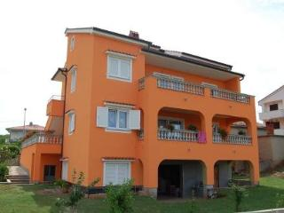 Dujmovic Miro ~ RA41165 - Vantacici vacation rentals