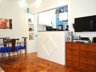 Copacabana Pleasant 2 Bedroom - Itanhanga vacation rentals