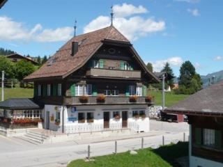 Am Dorfplatz ~ RA9855 - Saanenmöser vacation rentals