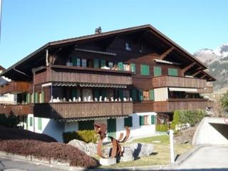 Gletscherhorn I (gross) Tschumi ~ RA9812 - Zweisimmen vacation rentals