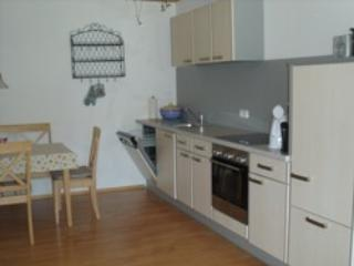 LLAG Luxury Vacation Apartment in Boebing - 592 sqft, idyllic, relaxing, comfortable (# 4648) - Peißenberg vacation rentals
