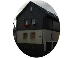 Vacation Home in Ober-Mörlen - 1582 sqft, clean, centrally located (# 4652) - Ober-Moerlen vacation rentals