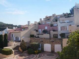 Le Hameau de la Madrague ~ RA28417 - Var vacation rentals