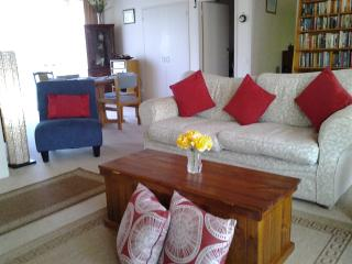 Comfortable 2 bedroom Point Lonsdale House with Internet Access - Point Lonsdale vacation rentals