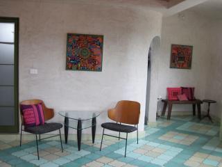 The Golden Bee : 3rd floor STUDIO - PANOROMANTICA - Atotonilco vacation rentals