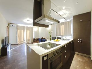 Luxury one-bedroom apartment with balcony - Zadar vacation rentals