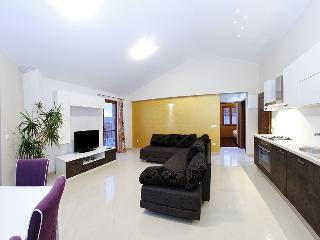 Luxury seaview apartment for 4 - Zadar vacation rentals