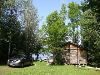 Lakeview - A Waters Edge cottage - Commanda vacation rentals