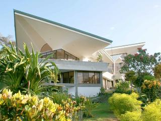 Casa de las Cascadas: 4BR Modern Home w/ 2 Pools! - Manuel Antonio vacation rentals