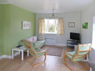 CHURCH VIEW all ground floor, family-friendly, near coast in Atwick Ref 31171 - Atwick vacation rentals
