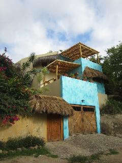 Gorgeous 3 bedroom Sayulita House with Deck - Sayulita vacation rentals