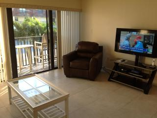 Next to Cocoa Beach Pier - Recently Renovated - Cocoa Beach vacation rentals