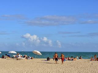 New Studio Heart of South Beach 4, Washer/Dryer - Miami Beach vacation rentals