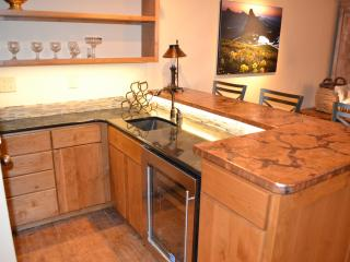 3bdrm spacious condo,spectacular fall leaves await - Durango vacation rentals