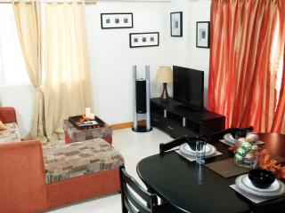 3 Bedroom Unit - Best Deal in Manila!!! - Taguig City vacation rentals