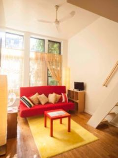 Living room 14' celing w fan - West Village Hide-Away Studio 14' Ceiling Full12' - New York City - rentals