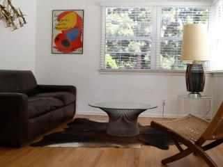 Sunny apartment in the best part of Santa Monica - Santa Monica vacation rentals