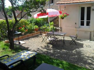 18C holiday cottage in a quiet village location. - Limousin vacation rentals