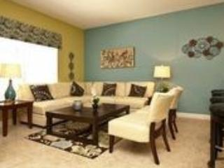Living area - Luxury 4 bedroom Town House with Splash Pool (just 4.5 miles to Disney). - Orlando - rentals
