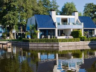 3 Bedrooms::: 6-8 persons SEMI-DETACHED - Loosdrecht vacation rentals