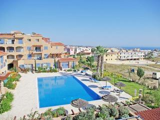 Holiday apartment in Paphos with pool - sleeps 4 - Peyia vacation rentals