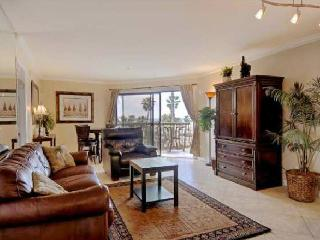 See the Sea Condo by the Pier in PB! Great View! - Pacific Beach vacation rentals