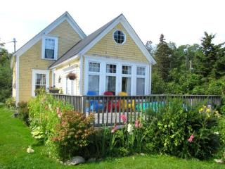 Cozy House with Deck and Internet Access - Port Medway vacation rentals