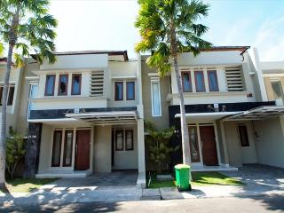 Centrally Located Cozy Townhouse - Kuta vacation rentals
