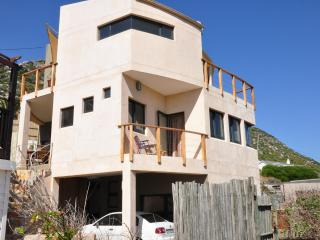 Stylish self catering accommodation, sea views - Clovelly vacation rentals