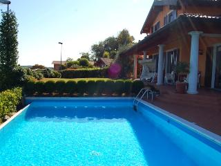 Panoramic villa with pool and great lake view! - Meina vacation rentals
