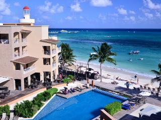 2 Bdrm Beachfront Gorgeous Rooftop Terrace EFR402) - Playa del Carmen vacation rentals