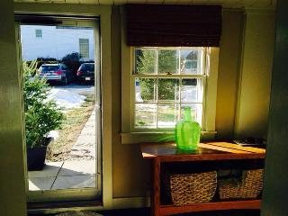 Modern & Cozy Garden Condominium - North Shore Massachusetts - Cape Ann vacation rentals