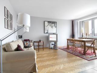 2 bedroom apartment next to metro! Służew - Warsaw vacation rentals
