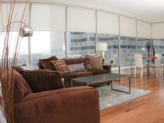 UrHip Sleep 6 in Center City 2040 Market (20402F411)  UrHomeInPhilly - Philadelphia vacation rentals