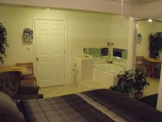 Nice Bed and Breakfast with Deck and Internet Access - Marathon vacation rentals