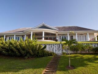 Spacious 5 bedroom House in Sandy Bay - Sandy Bay vacation rentals