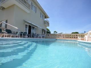 Island Breeze - Montego Bay 1BR - World vacation rentals