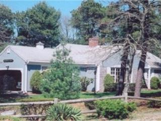 Your Chatham Vacation - 23 Monomoyic Way - Image 1 - Chatham - rentals