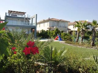 APARTMENT GINA WITH POOL - Pervolia vacation rentals