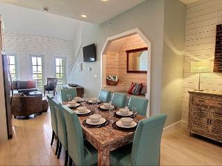 3BR/3BA Gorgeous Cinnamon Shore Top-floor, Sleeps 11 - Winter Texans Welcome! - Port Aransas vacation rentals